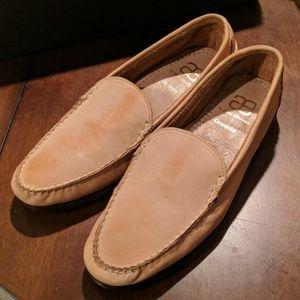 Men's tan loafer